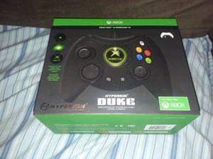 Hyperkin Duke wired controller Xbox One and Windows 10 gaming controller for Sale in Phoenix, AZ