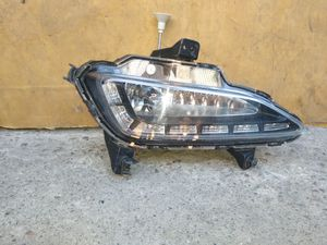 2016 2018 Hyundai Tucson LH Drivers side LED fog Lamp 92201-D3100 for Sale in Wilmington, CA