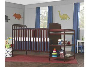 DOM 4-in-1 Crib and changing table for Sale in Columbus, OH