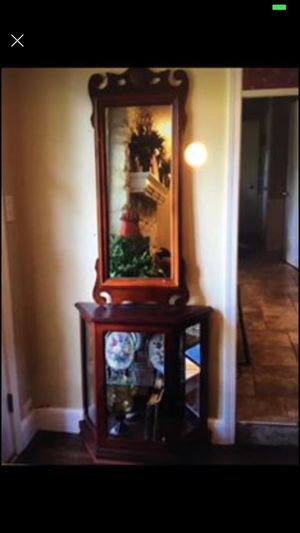 Console with mirror for Sale in Tulsa, OK
