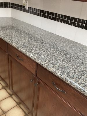 KITCHEN CABINETS granite countertops all appliances best offer takes it for Sale in Fort Lauderdale, FL