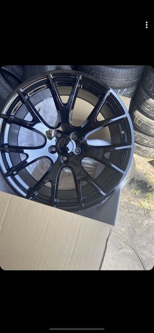 SRT replica wheels for sale for Sale in Irving, TX