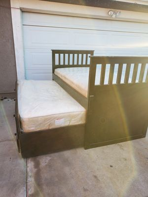 Twin beds the pull out has 3 drowers and comes with matress for Sale in Rancho Cucamonga, CA