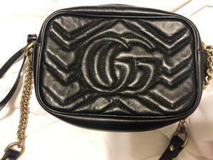 Gucci crossbody bag for Sale in Fort Belvoir, VA