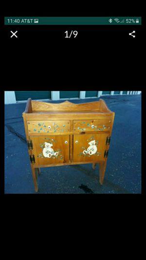 IL. BEAR DRESSER + WAGON. for Sale in Bolingbrook, IL