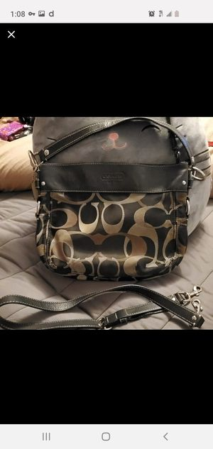 Coach purse for Sale in Barstow, CA