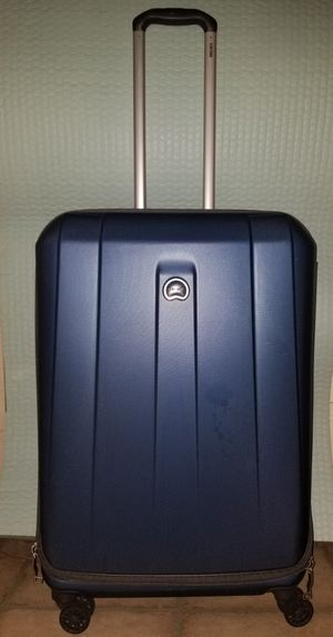 Luggage Delsey 25-inch Medium Size for Domestic flight for Sale in Houston, TX