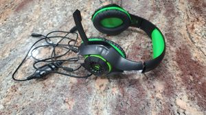 Pro Gaming Headset With Mic Wireless Microphone Headphones for Sale in St. Petersburg, FL