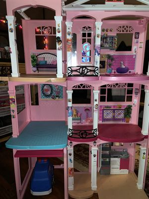 Barbie dream house height 4 feet and 3 feet wide only the house. for Sale in Providence, RI