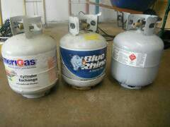 Propane tanks 20 each firm for Sale in Erie, PA
