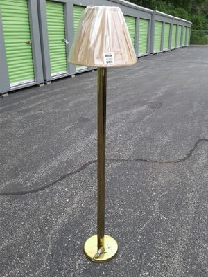 Floor Lamp W/Shade for Sale in St. Louis, MO