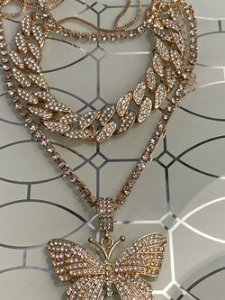Butterfly Tennis Chain And Choker Necklace Set for Sale in Nashville,  TN