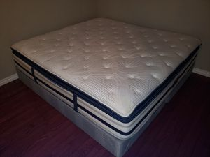 Free king size bed for Sale in West Linn, OR