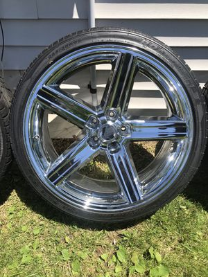 """Iroc Chrome Rims and Tires 22"""" x9"""" for Sale in Marysville, OH"""