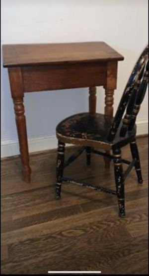 Antique little kid desk with chair for Sale in Alexandria, VA