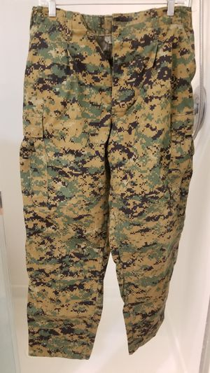 Digicam camo pant shirt set for Sale in Chandler, AZ