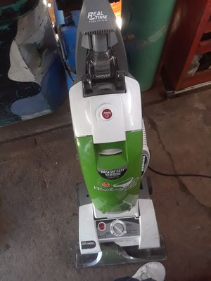 Hoover Wind Tunnel 2 Vacuum cleaner for Sale in Lemon Grove, CA