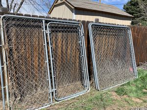 Dog kennel. Six 6x6 panels. One with a door. for Sale in Denver, CO