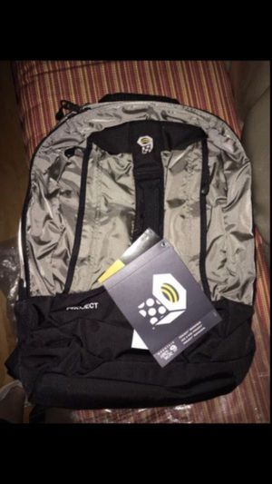Mountain Hardware Hiking Day Backpack - brand new with tags for Sale in Renton, WA