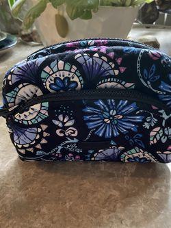 NWOT Vera Bradley Mini Small Cosmetic Bag for Sale in Portland,  OR