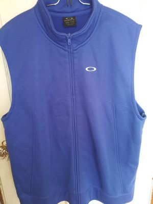 Oakley Mens Vest for Sale in Chicago Heights, IL