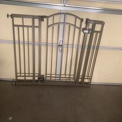 Baby Gate Pet Gate for Sale in Chandler,  AZ