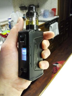 Great condition 200w comes w battery charger etc for Sale in Sun Valley, NV