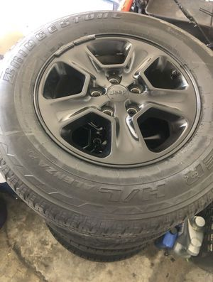Jeep Grand Cherokee 2014-19 Stock Wheels for Sale in Mountain View, CA