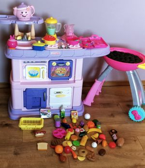 Kids kitchen with staff and BBQ grill for Sale in Everett, WA