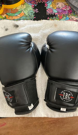 TBC Boxing gloves for Sale in Spring Valley, CA