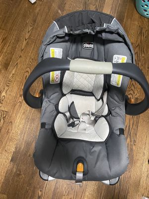 Chicco infant car seat, base, and stroller for Sale in Alexandria, VA