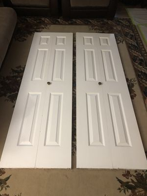 6 panel bifold doors, kitchen pantry for Sale in Auburn, WA