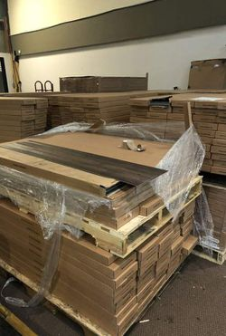 Luxury vinyl flooring!!! Only .88 cents a sq ft!! Liquidation close out! QKHM for Sale in Whittier,  CA