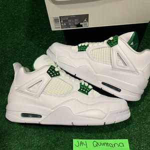 Jordan retro 4 metallic green for Sale in Palm Springs, FL