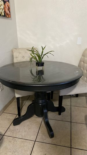 Dinning table for Sale in Atwater, CA