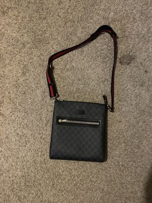Gucci messenger bag for Sale in Beaumont, TX