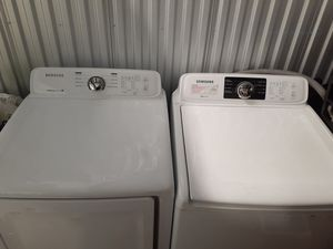 Samsung washer and dryer had for one year for Sale in Crowley, TX