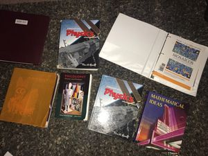 College books for Sale in East Wenatchee, WA