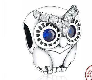 Charm for pandora for Sale in Medley, FL