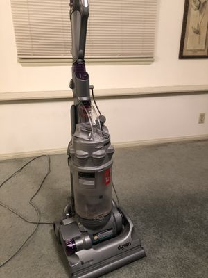 Dyson vacuum for Sale in City of Industry, CA