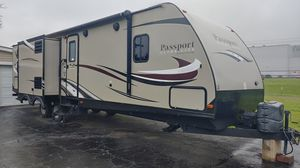 2016 keystone passport grandtouring ultra lite for Sale in Industry, PA