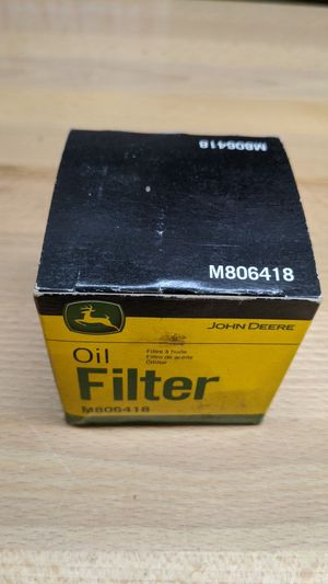 M806418 John Deere Oil Filter 1023E, 1025R, 1026R, 2210, 4010,755, HPX-DIESEL GATOR,455 LAWN MOWER, X495, X740, X748, and 1435 FRONT MOWER. for Sale in Lake Grove, OR