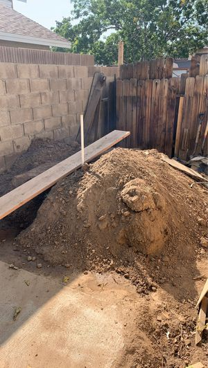 Free dirt for Sale in Palmdale, CA