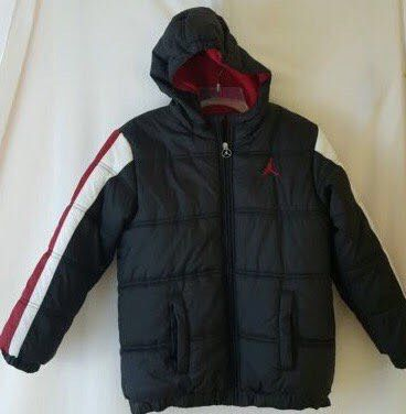 Nike Air JORDAN Puffer Bubble Hooded Jacket - size XL (18-20) youth