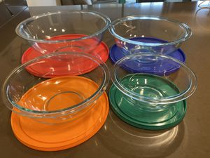 Pyrex 8-piece mixing bowl set for Sale in Seattle, WA