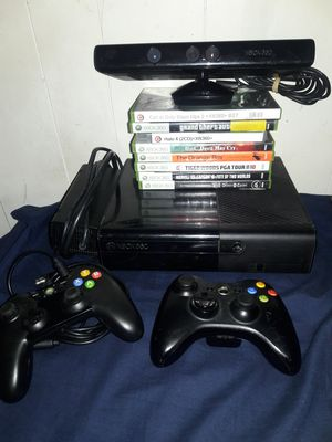XBOX 360 CONSOLE, 2 CONTROLLERS, 8 GAMES, and a KINECT. for Sale in Glendale, AZ
