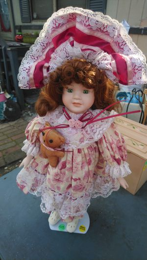 Red head porcelain doll with teddy for Sale in North Charleston, SC