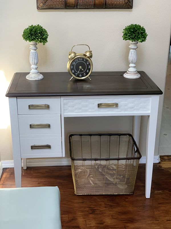 Old sewing table / entrance table