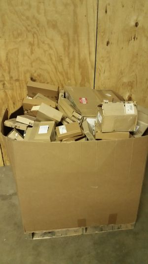 BIG Pallet of 85 Replacement HP Computer, Server & Printer Parts for Sale in Dallas, TX