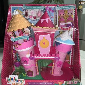 NEW MGA Lalaloopsy Minis Princess Castle w/ Exclusive Goldie Lux Doll Tea Party for Sale in Fresno, CA